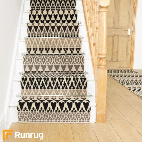 Alternative Flooring Quirky B Margo Selby Sutton 7081 Stair Runner