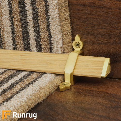 Tudor Satin Brass Light Wood Stair Rod